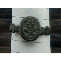 """Перстень""""Адамова голова"""" 17 век.Редкость"""