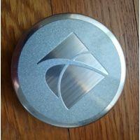 """Оригинальный центральный колпачок для литых дисков авто """"Saturn"""""""