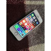Iphone se 16Gb Silver. Оригинал, не РЕФ.