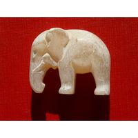 Слон из селенита.