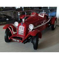Модель 1:18. Alfa Romeo 8C. Bburago.
