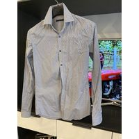 Рубашка мужская фирменная для стройного парня размер 42-44, рост 182