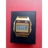 Часы Электроника с 1 рубля без мц!!! (лот11)
