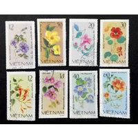 Вьетнам 1980 г. Цветы. Флора, полная серия из 8 марок #0257-Ф1P58