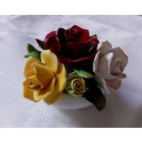 Винтажные цветы в вазе. Костяной фарфор. Англия. Royal Adderly. Ручная роспись.