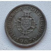 Ангола 2.5 эскудо, 1967  8-11-15