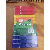 Прищепки набор, длина 7,4 см, 24 штуки. Цветные. Новый набор, не воспользовалась. Пластик.