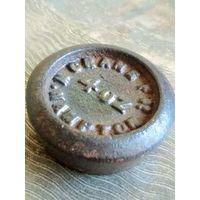 Гирька нач. 19 в., 4 OZ (4 унции) Англия, W. Hampton, гиря аптечная, торговая, диаметр 4.3 см