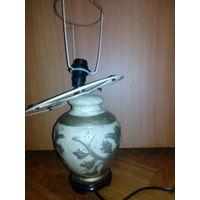 Светильник настольный,бех абажура на зч,подставка керамика.