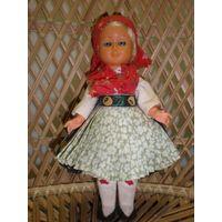 Куклы маленькие, винтажные в национальной одежде и не только.