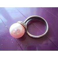Кольцо с жемчужиной 18 р. Jenavi