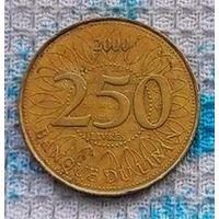 Ливан 250 ливров 2000 года. Миллениум. Ливанский Кедр - символ Ливана.