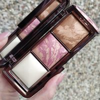 Hourglass Ambient Lighting Palette Diffused Edit