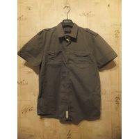 Рубашка мужская на 44-46 размер красивого болотного цвета, новая с этикеткой, не подошла по размеру. Calliope, 100% хлопок. Длина 75 см, ПОгруди 54 см, ПОталии 51 см. Интересная и стильная модель
