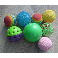 Игрушки для кошки, мячики.8 штук.Новые.Одним лотом.Цена за все.