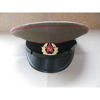 Фуражка сержантов и солдат сухопутных войск ВС СССР. Калинин, 1984 г. 55 размер.