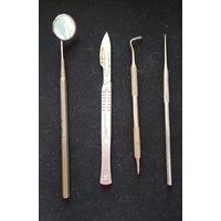 Медицинский инструмент , скальпель , зеркало , лопатки