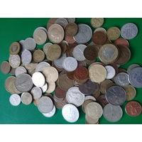 Монеты мира 140шт без Украины России и СССР  рублей хорошее состояние монет