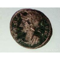 Римская монета с 30 руб.