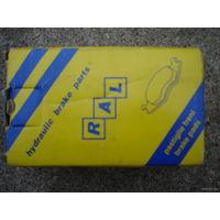 Тормозные колодки передние для HONDA  и ROVER - RAL 05P558