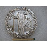 Медаль настольная. Завод Центролит. г.Гомель. 500 тысяч тонн чугуна. 1968-1983
