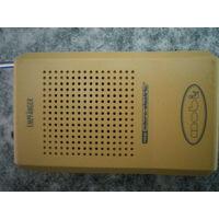 Радиоприемник двухканальный DBS 322 R, Германия, шипит.