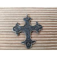 Крест Тельный.