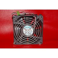 Очень мощный вентилятор с грилем 12VDC 120mm X 38mm NMB 4715KL-04W-B49 поток до 118 CFM