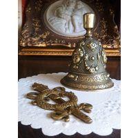 КОЛОКОЛЬЧИК вызывной Царизм бронза 320 гр. 9х7 см. ВЕНЗЕЛЬ накладка бронза 50 гр. 10х5 см.