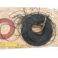 Моток медного кабеля около  45 метров ещё советского производства .Предполагаю для телефона  или радио.