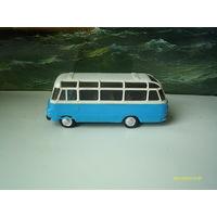 """Автобус """"Робур"""".1/87.ГДР.Обмен."""