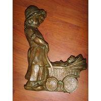 Девочка с куклой в коляске . Кукла . Коляска