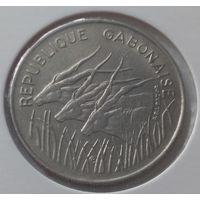 Габон 100 франков 1975 года