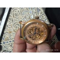 Часы скелетон с автоподзаводом