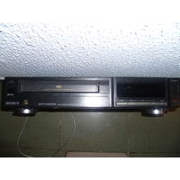 "Видеомагнитофон ""SONY SLV 262 EE"".80-90-е годы"