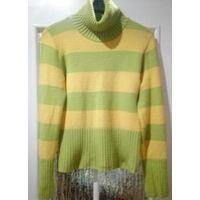 Симпатичный свитер, на р-р 44-46