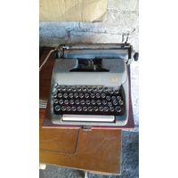 Старая печатная машинка Москва