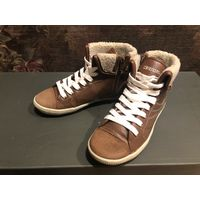 Демисезонные брендовые ботинки KAPPA