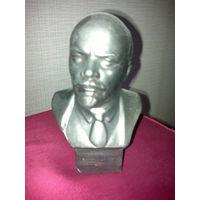 Бюст Владимира Ильича Ленина (СССР).
