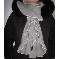 Шарф серый воланом с шерстью
