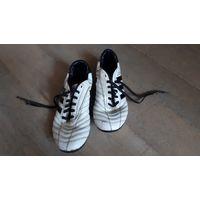 Детские бутсы Adidas Adinova