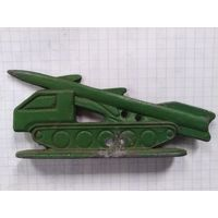 Солдатики ракета тягач