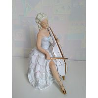 Фарфоровая статуэтка Девушка с виолончелью ГДР. Виолончелистка, Германия