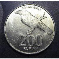 Индонезия, 200 рупий 2003 год