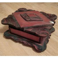 Шкатулка деревянная старая