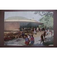 "Мазелев Р.(фото), Ленинград. Станция метро ""Горьковская""; 1967, чистая (Лениздат)."