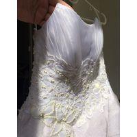 Свадебное платье Б/У размер 46, красивая вышивка
