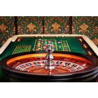 Стол и колесо для игры в Американскую рулетку