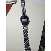 Часы CASIO наручные электронные винтаж