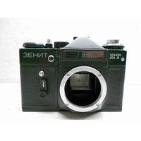 Фотоаппарат Зенит-ЕТ без объектива (2), рабочий